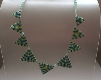 Triangle beads necklace