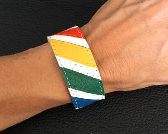 Gay pride bracelet, rainbow cuff bracelet, lgbt bracelet, gay pride cuff, gay, lesbian.