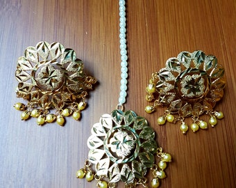Stunning gold plated Indian Pakistani Punjabi jadau white beads earrings tikka set bridal party wear