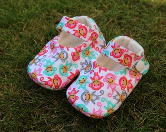 Shoes of baby monkeys - size 3-6 months