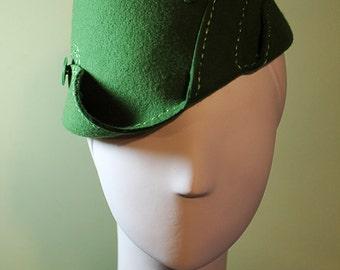 Moss Green Sculpted Women's Wool Swirl Hat - Vintage Inspired - 1930s 1940s Style Cloche Hat - OOAK