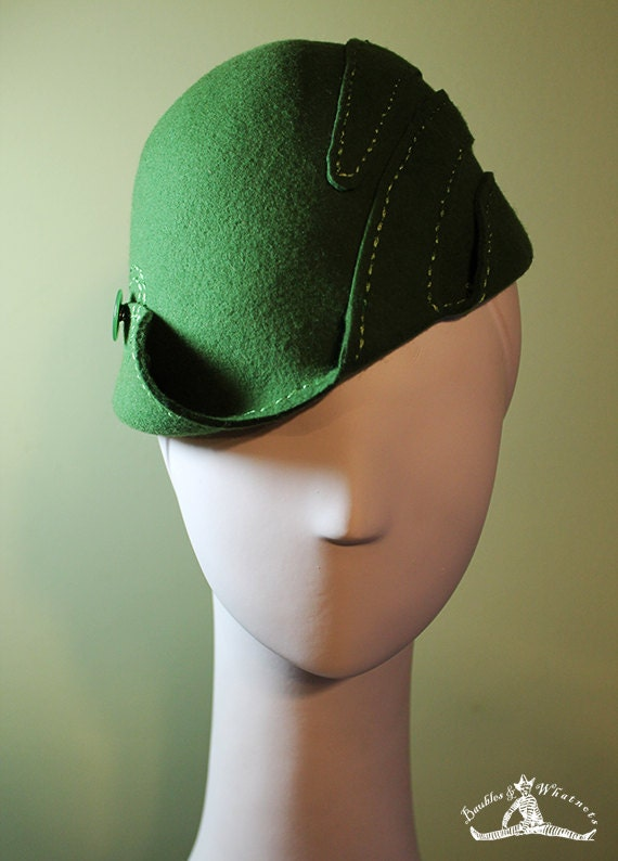 Moss Green Sculpted Women's Wool Swirl Hat - Vintage Inspired - 1930s 1940s Style Cloche Hat - OOAK