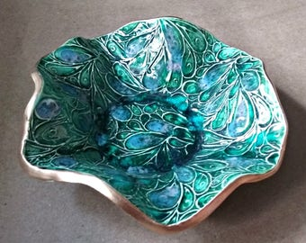 Ceramic  jewelry dish Ring dish Peacock Green edged in gold