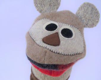 Handpuppet named Dennis