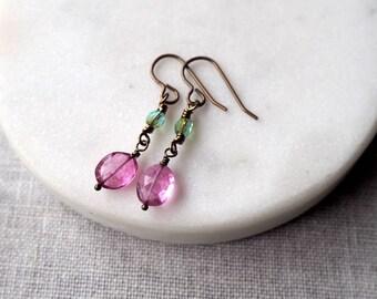 Light Pink Drop Earrings / Light Pink and Green / Summer Earrings / Brass Earrings / Lightweight Breezy Earrings / Pink Glass