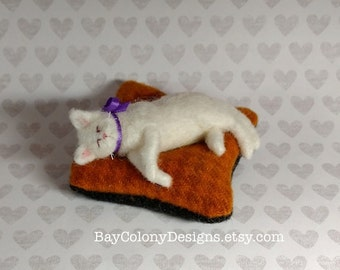 Pincushion with Beautiful Needle Felted Cat Sculpture - READY FOR ADOPTION (102416)