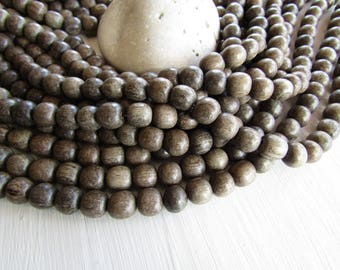 Greywood  round wood beads  , grey tone  , natural exotic supplies ,   from Philippines  10 mm  to 11mm (40 beads ) 6ph13