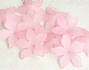 10 PINK Lucite Flower Beads - 26mm Daffodil Pink Flower Beads - Candy Pink Beads Pastel Rose Pink - Frosted Iced Matte Finish Spring Beads