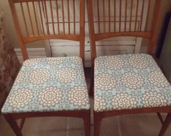 Vintage 1956 Lion Dry Goods Toledo Ohio Wood Chairs