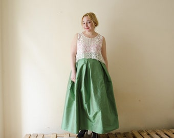 Green Maxi Skirt, Silk Taffeta Long Evening Skirt with Pleats and Pockets, Prom Skirt, Bridesmaids Skirt, Customize color and length