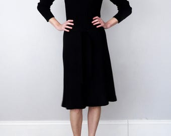 70s black sweater knit embroidered fitted long sleeve dress (xs - s)
