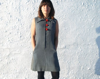 Vintage 1960s Mod Black and White Polka Dot Shift Dress with Large Red Buttons M/L