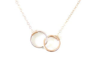 Circle Circle Necklace, Dainty necklace, Delicate Necklace, Two Connected Circles, Two Linked Circles, Circle Circle Jewelry