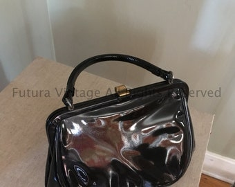 Classic 1950s Black Patent Leather Lined Handbag with Two Inside Pockets
