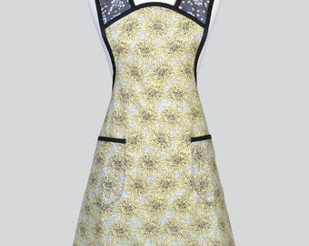 MOLLY Womans Vintage Apron . Yellow and Gray Mums Old Fashioned Retro Full Kitchen Cooking Apron with Pockets Regular and Plus Size