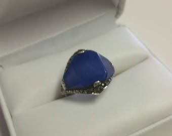 Vintage Sterling Silver Marcasite and Royal Blue Glass Ring Size 6