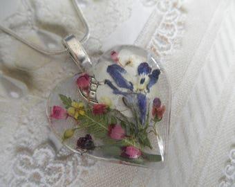 Lobelia,Pink Veronica & Heather,Alyssum,Queen Anne's Lace,Snowball Bush,Feather Ferns Pressed Flower Glass Heart Pendant-Symbolizes Peace