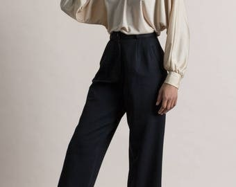 Vintage 90s Black Fine Wool Cropped Trousers / Pleated Dress Pants / 4