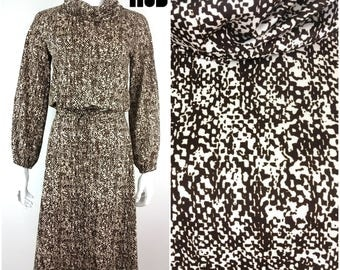 Boho Vintage 70s Brown Reptile Pattern Two-Piece Skirt and Billowy Cropped Blouse Set!