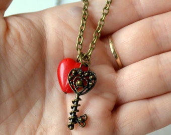 Key necklace with heart Red heart necklace Steampunk jewelry Key Heart necklace Vintage style Skeleton key necklace Bohemian Boho