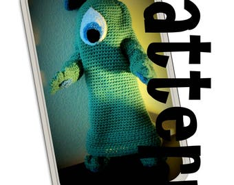 Crochet Pattern: Retro Alien Suit for American Girl and similar 18 inch dolls