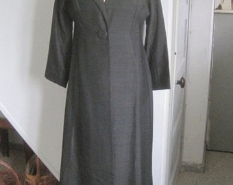 Black evening coat, full length original vintage piece. 1950s dramatic piece, excellent condition, party clothing