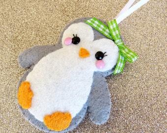 Cute penguin etsy for Decoration porte pingouin