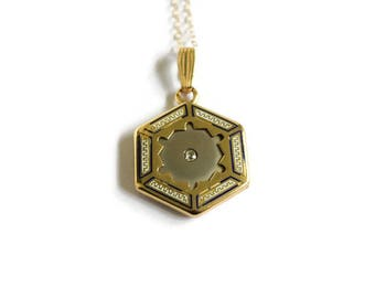 Antique 14k Gold Shell Locket With Diamond c.1920