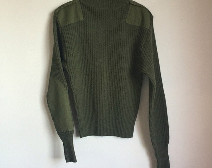 ribbed olive green mens knit epaulette elbow patch 80s vintage chunky pullover sweater medium M mock neck winter warm indie hipster