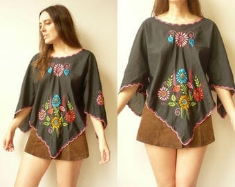 Vintage Mexican Style Floral Embroidered Folk Top With Angel Sleeves