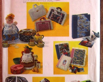 Covers for Sewing Machine, Bird Cage, Computer Mouse, Casserole, Cookie Tin and Jar, Photo Album, Book Carrier UNCUT Simplicity Pattern 9339