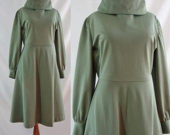 SALE Vintage Sixties Dress - 1960s Sage Green Day Dress - 60s Cowl Neck Mod Dress - XL 60s Dress