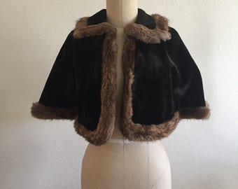 Vintage Velvet Capelet with genuine fur trim - Size S/M - Evening - Winter - Formal - Cocktail
