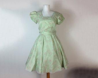 Vintage Square Dance Dress  Full Circle Skirt  Green Gingham Rockabilly Dress size 8 medium