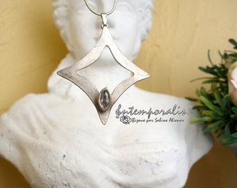 White bronze, silver color with a cristal cubic zirconium pendant, OOAK, SAPE07