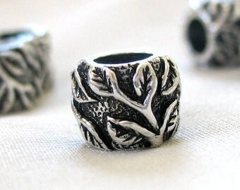 10 Antiqued Silver Leaf Pattern Spacer Beads, Zinc Alloy, 5mm hole, 8mm diameter x 10mm long, 1 package of 10