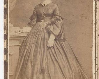 Vintage Full View Woman Carte de Visite (CDV) Finley & Son Canandaigua New York, 1800s