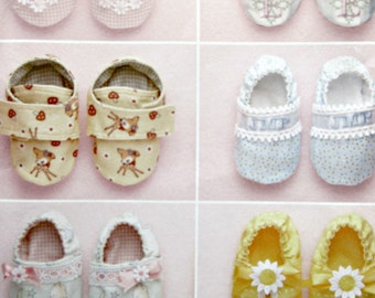 Simplicity 2471 Sewing Pattern, Baby Shoes Pattern, Baby Booties Pattern, 2010 Sewing Pattern Elaine Heigl Design, Simplicity Sewing Pattern