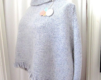 Hand Knit Poncho, Knit wool poncho, gray knit poncho, gray wool poncho, hand made poncho, knit gray poncho, womans wool poncho, mans poncho