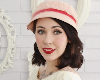 Vintage 1960s Light Pink Hat with Hot Pink Velvet Ribbon and Hat Pin