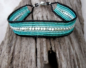 7.25 Inch Seed Bead Bracelet - Handmade Black & Aqua Green - Flat Band Bracelet - Beaded Cuff Style - Ombre - Comfortable Womens