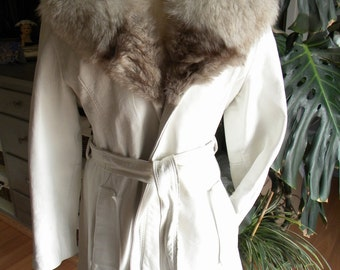Retro White leather and fox fur coat / jacket