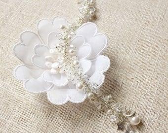 Swarovski crystal & pearl wedding bridal bracelet