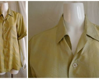 Vintage 1950s Mans Silk Shirt Green Gold Two Tone Iridescent Top Loop