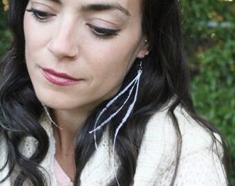 Hypoallergenic White Feather Earrings - Lightweight Natural White Long Feather Earrings - Boho Hippie Earrings