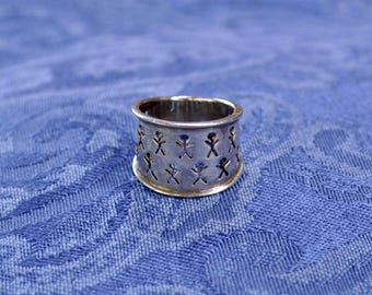 Native American Man and Life People Pictographs Symbol Ring Size Six Sterling Silver