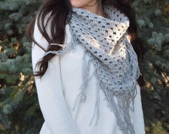 SALE: Knit Blanket Scarf, Triangle Fringe Scarf, Shawl / Grey Knit Oversize Bandana Cowl Scarf / Light Neutral Gray / Vegan Yarn