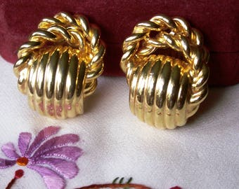 Chunky Ribbed Gold Tone Twisted Rope Clip On Earrings 80s Big Clips Statement Jewelry