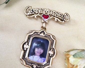 Sweet Brooch for Grandmother by Danecraft