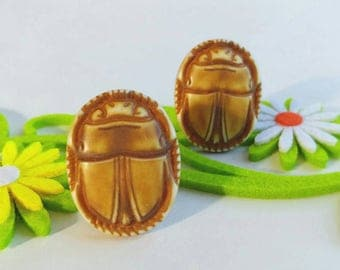 Older Vintage Egyptian Revival Scarab Beetle Clip On Earrings- Big Insect Ancient Egypt Symbolic Molded Plastic Celluloid Brown Yellow Large